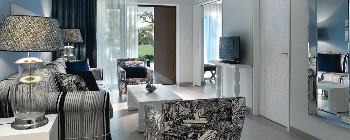 One Bedroom Suite Living Room Plus Deluxe One Bedroom